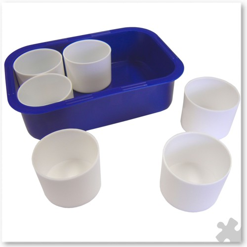 Plastic Tray with 6 Water Pots