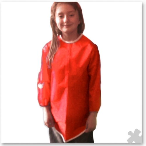 Childrens Apron in Red Nylon, Ages 4-5